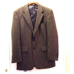 JoS Bank sports coat  size 42L herringbone NWOT